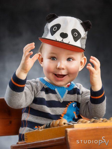 Nooan kuva voitti vuosi sitten Vuoden lapsikuva -kisan. Hänen perheensä voitti lahjakortin Studio P.S.V:hen ja poika pääse myös Oulu-lehden juttuun.